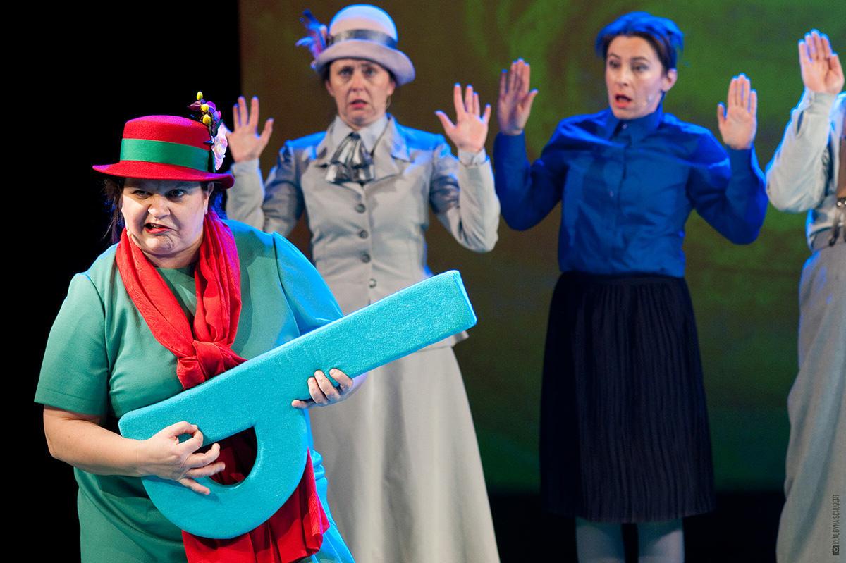 tancowaly-dwa-michaly-teatr-groteska-fot-klaudyna-schubert